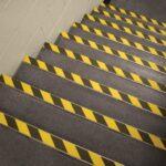 La segnaletica in azienda è fondamentale per  evitare possibili infortuni sul lavoro.