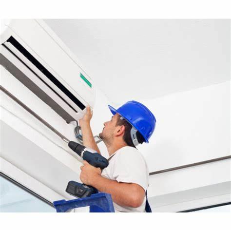montaggio climatizzatore lavoro